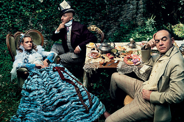 alice in wonderland | vogue4