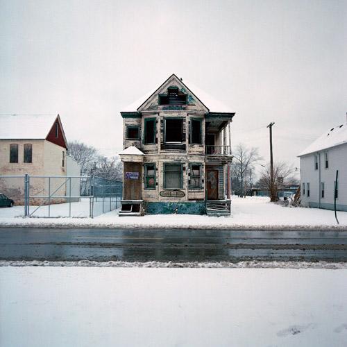 abandoned_houses_01
