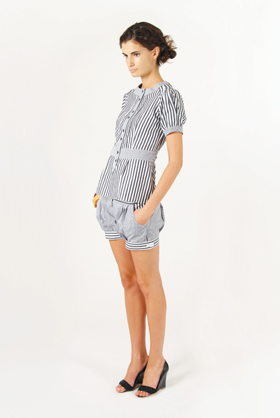 wembley-blouse_pleated-short_7917